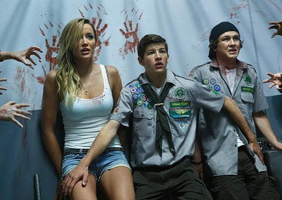 Scouts-Guide-to-the-Zombie-Apocalypse-movie-2015-image